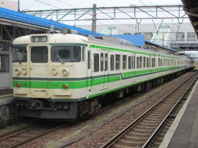 直江津駅115系2