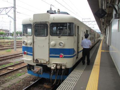 直江津駅413系