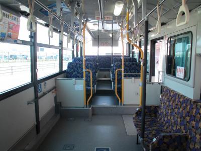 連絡バス車内