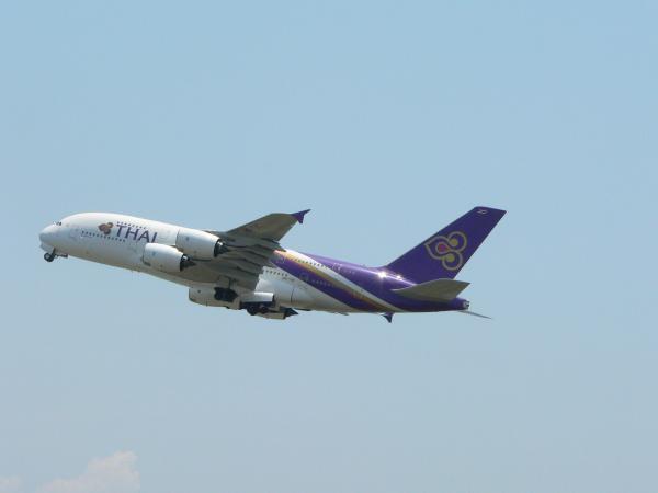 飛行機18