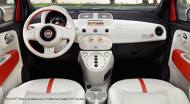 FIAT 500e interior