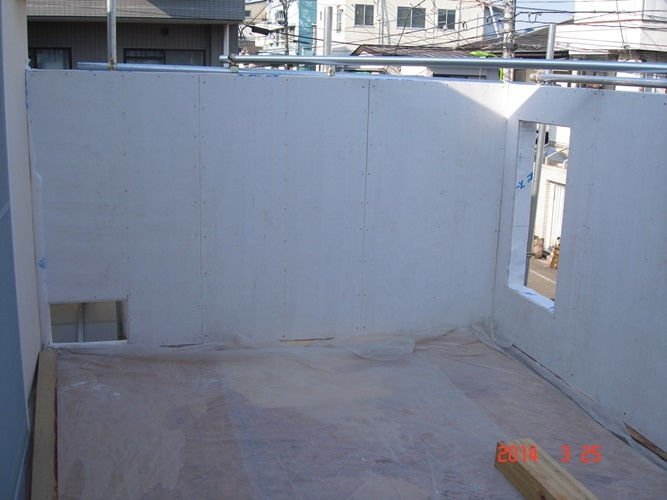 3-1_バルコニー壁2