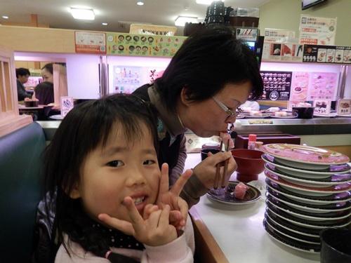 2014.4.3 孫たちの笑顔 (浜寿司) 007