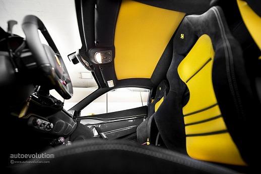 ferrari-458-speciale-review-2014-medium_61.jpg