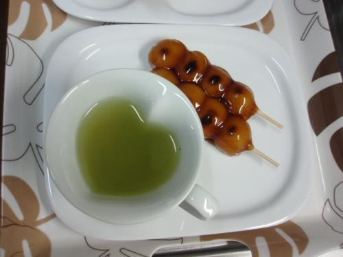 日本茶と串団子