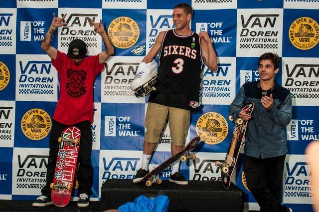 d8_skate_finals_skate_podium__large.jpg