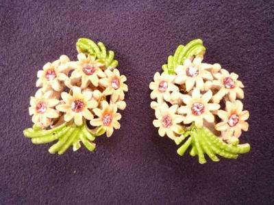 ピンク花のイヤリング2