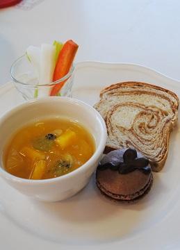 lunch02182.jpg