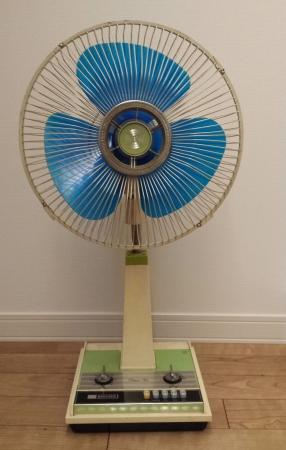 昔のブラザーのレトロ扇風機です。