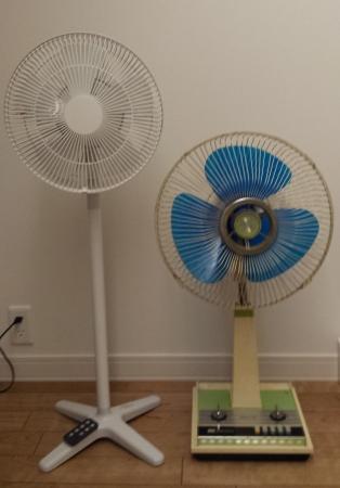 DCモーターリビングファンとACモーター扇風機