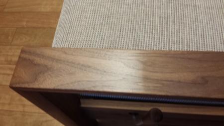 カリモクの2人掛椅子ロング WT5112UKに蜜蝋ワックスを塗りました