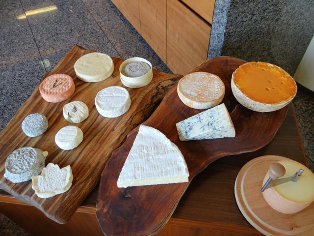 トロワグロ日本・チーズ