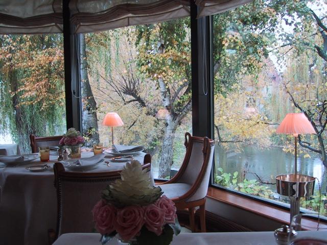 オーベルジュドゥリルテーブルからの眺め