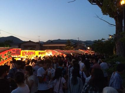 蛍観賞の夕べ (2)