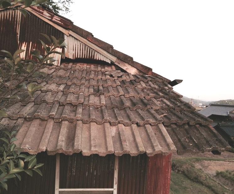 屋根修理完