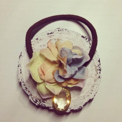 2パステル春の布花ヘアゴム(ビジュー)