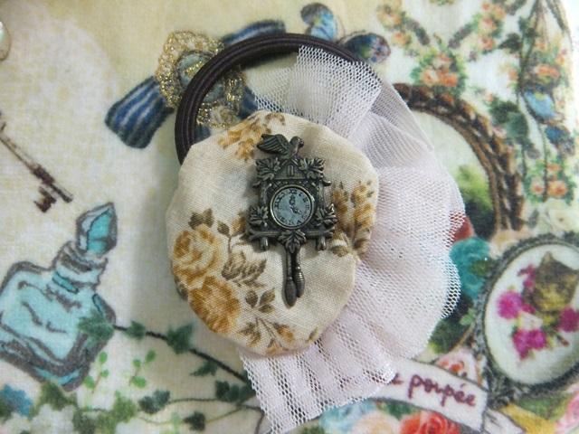幸せの鳩時計ヘアゴム