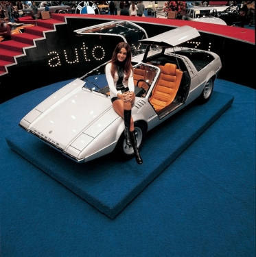 1970-Volkswagen-Porsche-Tapiro-by-Italdesign-Auto-Expo_02