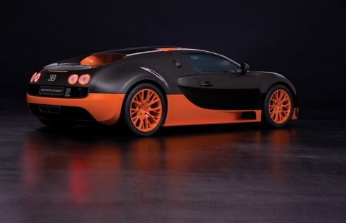 2010-Bugatti-Veyron-16_02
