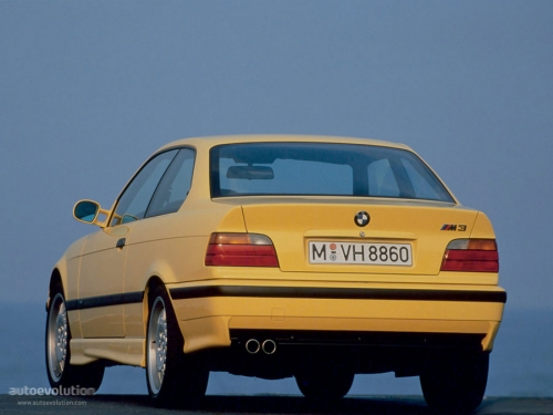 BMW-M3-E36-Coupe_02