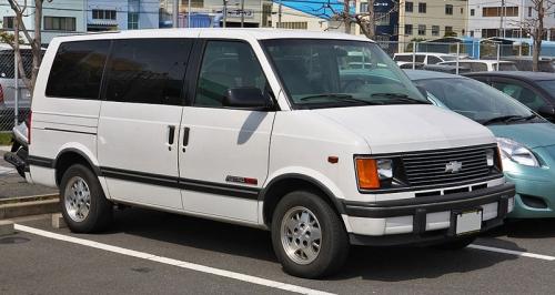 Chevrolet-Astro-01_01