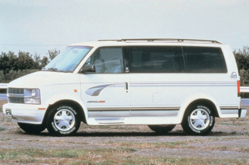 Chevrolet-Astro-01_02