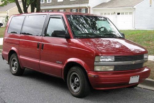 Chevrolet-Astro_01