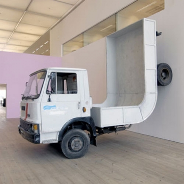 Erwin-Wurm-truck