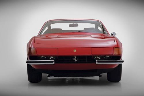 Ferrari-365-gtb-4-daytona_03