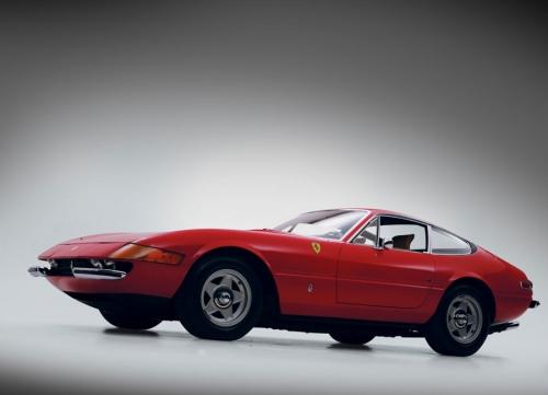 Ferrari-365-gtb-4-daytona_07