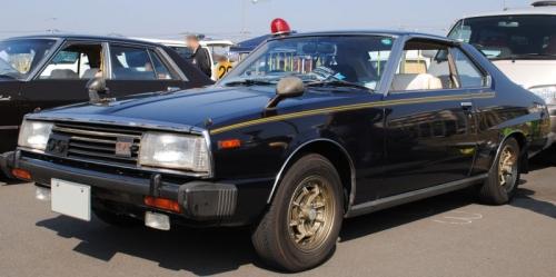 Nissan_Skyline_C211_2000_GT-ES_seibukeisatsu