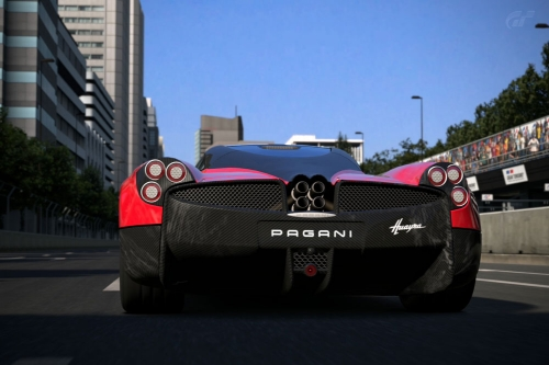 Pagani-Huayra-superlap_09