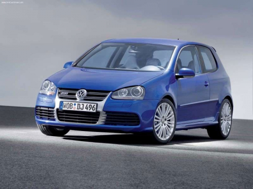 Volkswagen-Golf-R32-2005_01