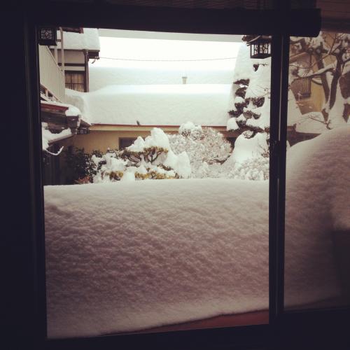 2014冬窓の雪