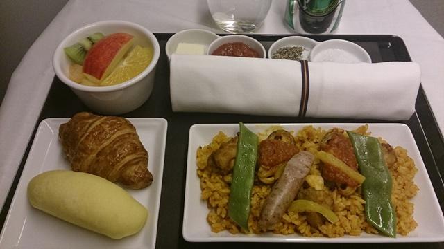 往路機内食11