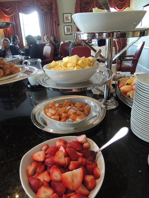 ラウンジ朝食7