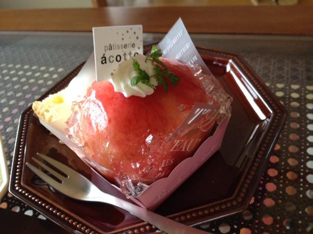 写真桃のケーキ 1