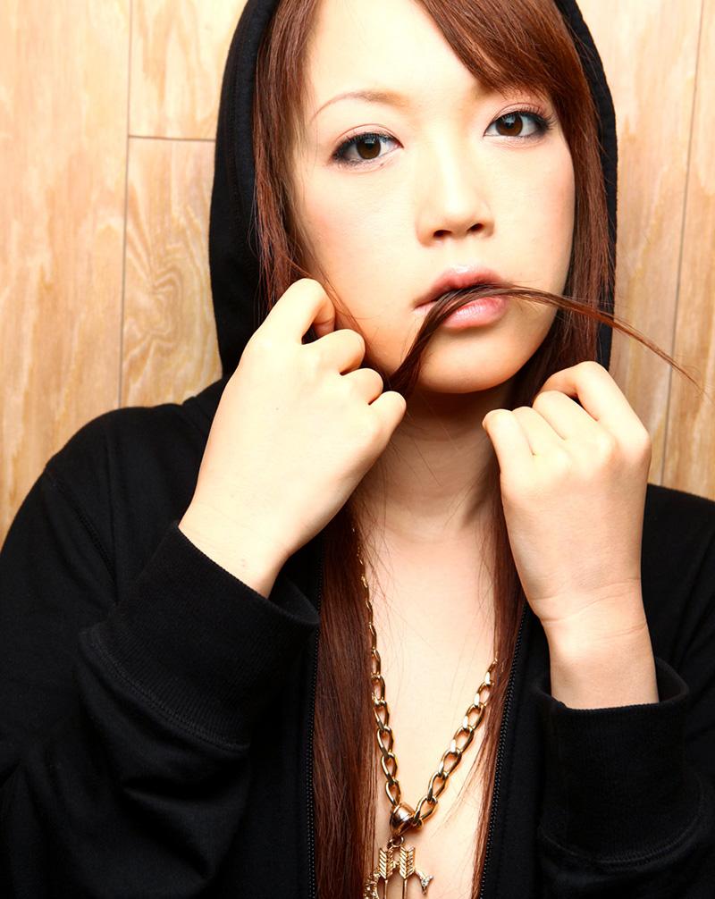 【No.13554】 綺麗なお姉さん / 乙井なずな