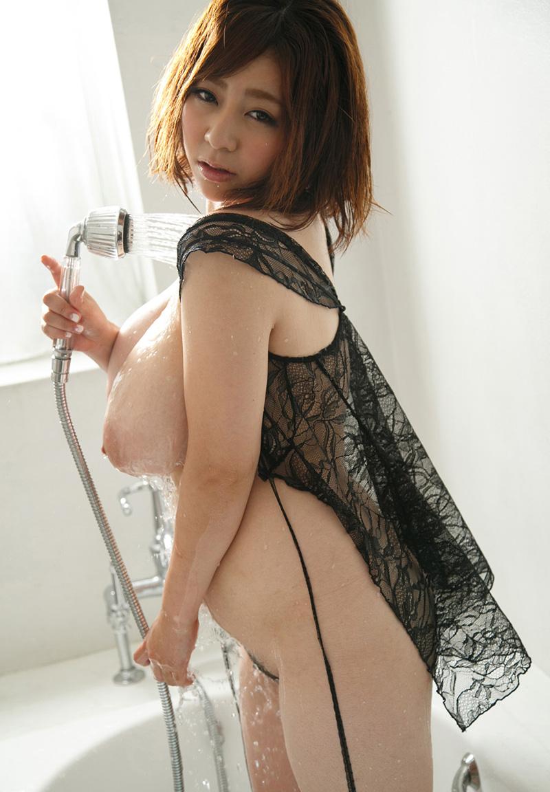 【No.13566】 シャワー / 新山らん