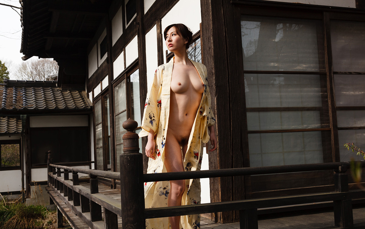 【No.13998】 Nude / 辰巳ゆい
