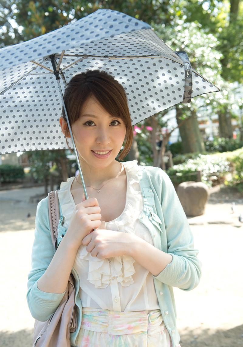 【No.14814】 綺麗なお姉さん / 知花メイサ