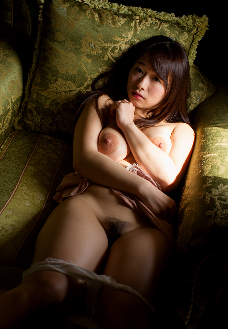 【No.14958】 官能 / 白石茉莉奈