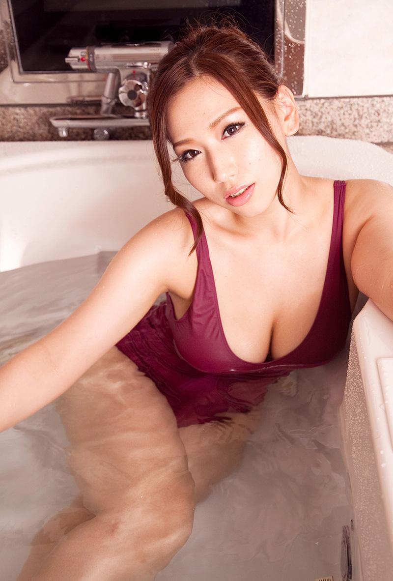 【No.16010】 入浴 / 佐山愛