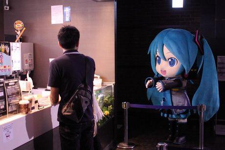 東京ジョイポリスでミクダヨーさんが最近フードコートを頻繁に襲撃