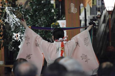mikokagura1.jpg