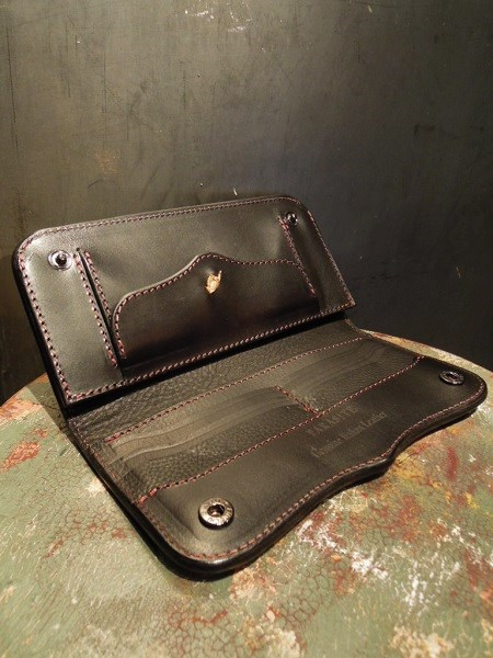 PARASITE PLAIN WALLET (2)