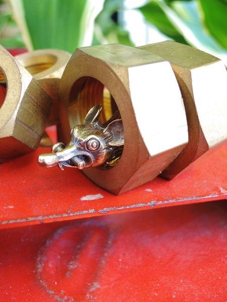 ROAD Busy Work Rat Keyholder (6)