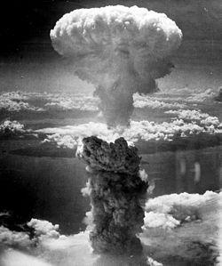 250px-Nagasakibomb[1]