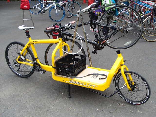 BULLITTの運搬用自転車、たぶん ...