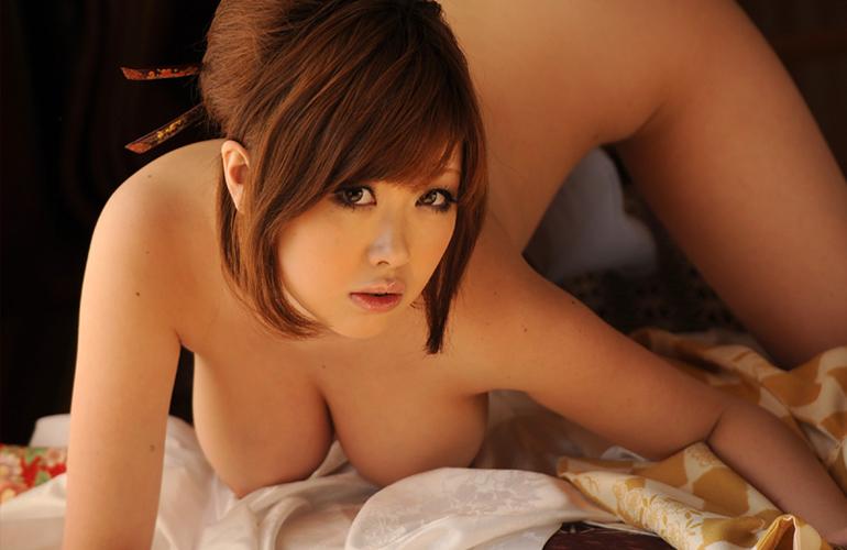 浜崎りお Hカップむっちりおっぱいのエロお姉さん